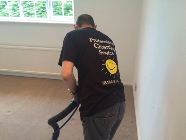 Sunny Clean performed End of Tenancy carpet cleaning project in Borehamwood London by Sunny Clean