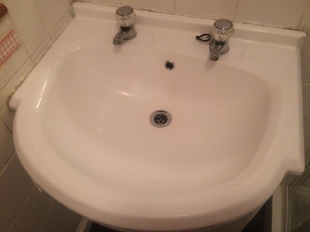 end-of-tenancy-cleaning-project-by-sunny-clean-in-poplar-area-1